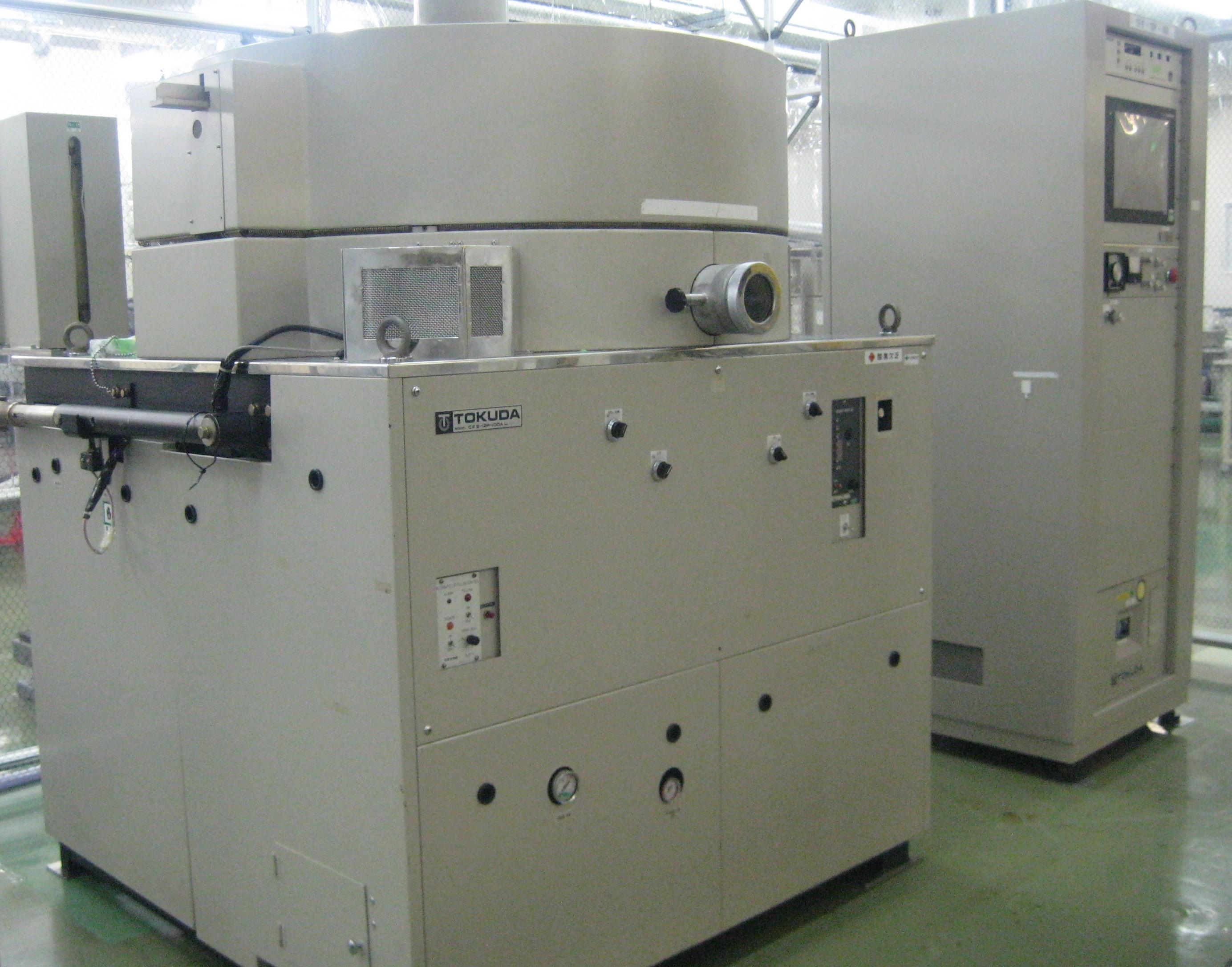 スパッタリング工程装置「CFS-12P-100」