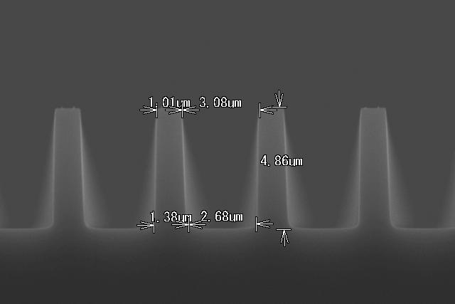 SiO2深堀り加工-1 断面形状
